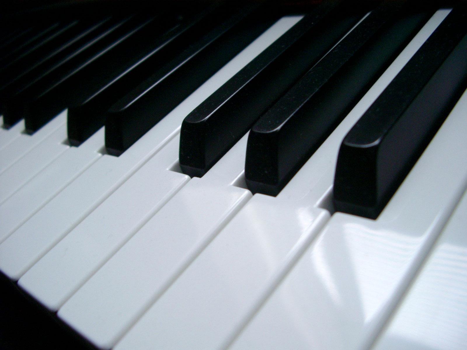 Erickson Piano Tuning